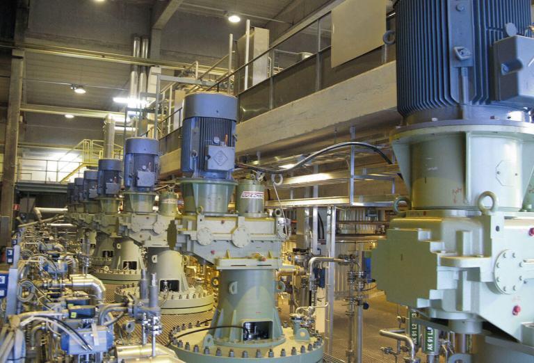 Debottlenecking a pressure oxidation leach process