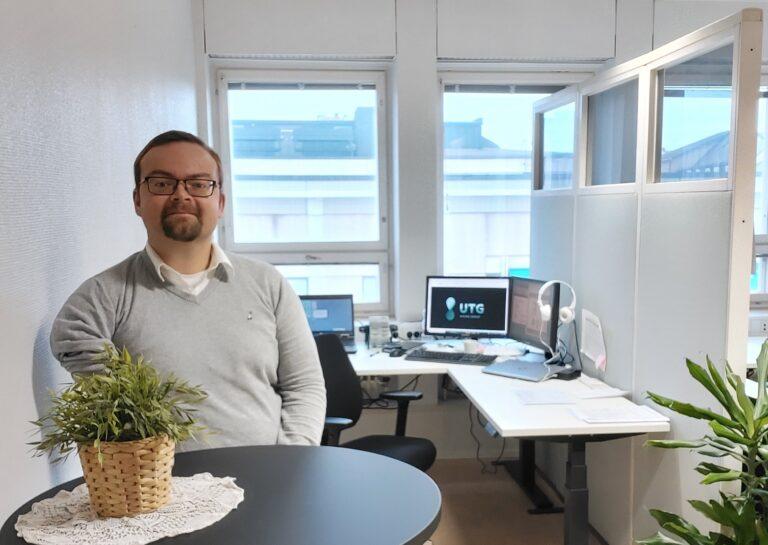 Mattias Gripenberg at UTG's new office in Jakobstad